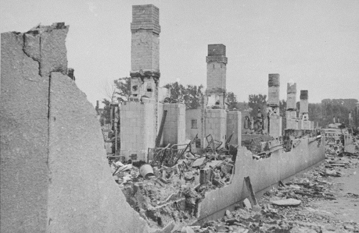'Among the ruins' – a snapshot of the ruins of the Kovno ghetto in Lithuania